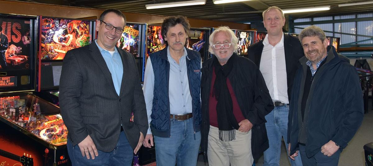 Gary Stern & Doug Skor zu Besuch beim Stern Pinball Fachhändler Pauls50s